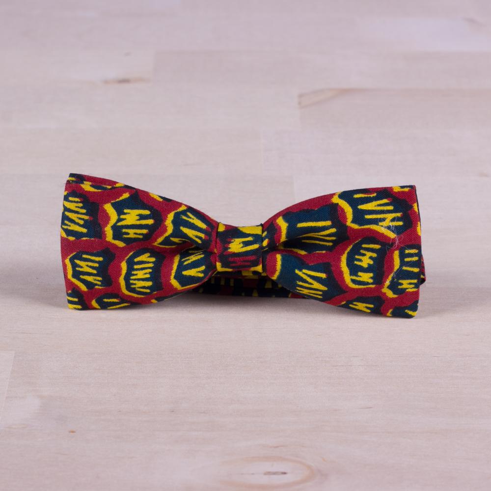 Original pajarita de calidad roja, azul y amarilla. Tela wax africana.